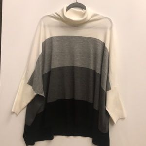 Calvin Klein Poncho Sweater wire, Gray and black